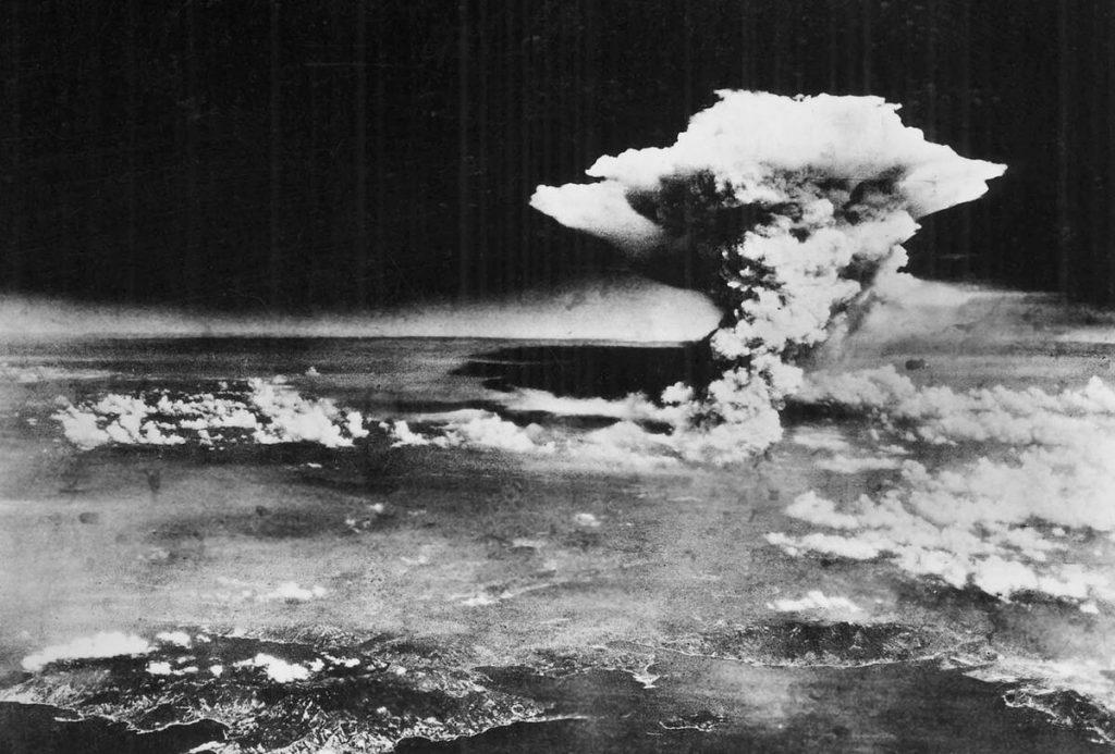6-hirosimaya-bomba-atilamsinin-ardindaki-goruntu